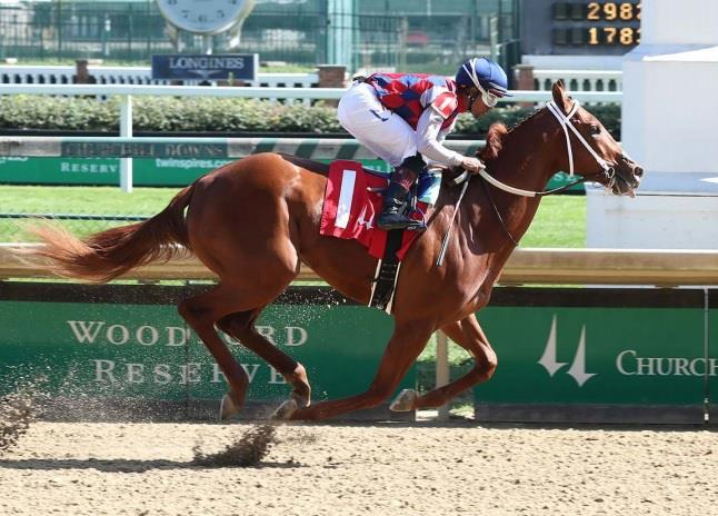 Stayin' Out Late sparkles in Churchill Downs debut